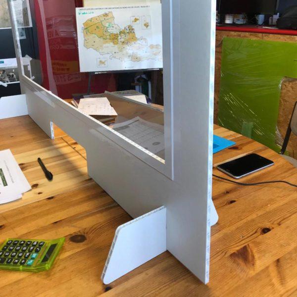 cloison en PVC alvéolaire 10mm d'épaisseur avec fenêtre transparente